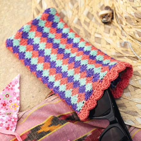 summer knits glasses case
