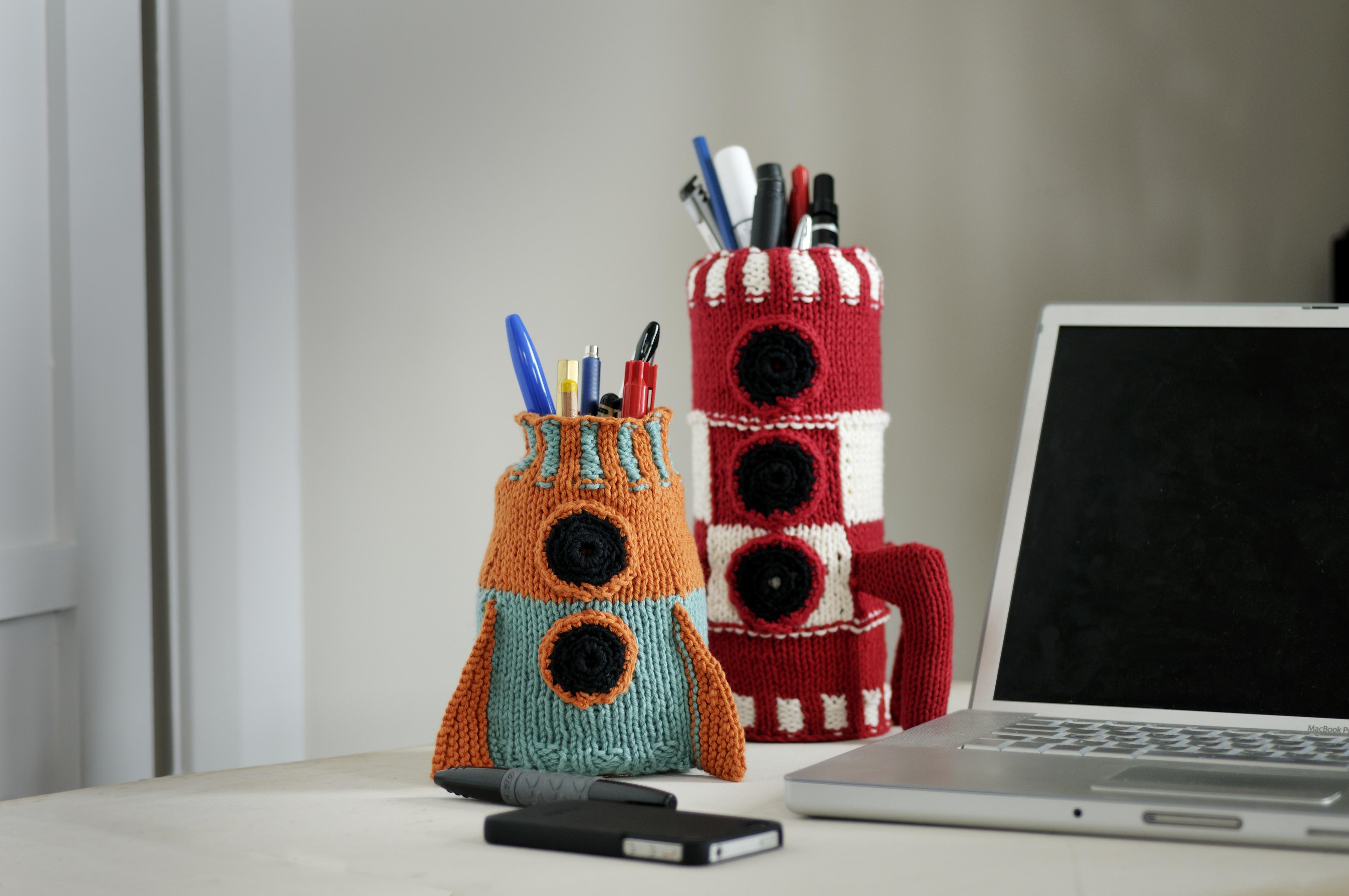 tech knits space rocket tidy