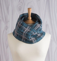 perfelty plaid crochet infinity scarf1 montage jane burns
