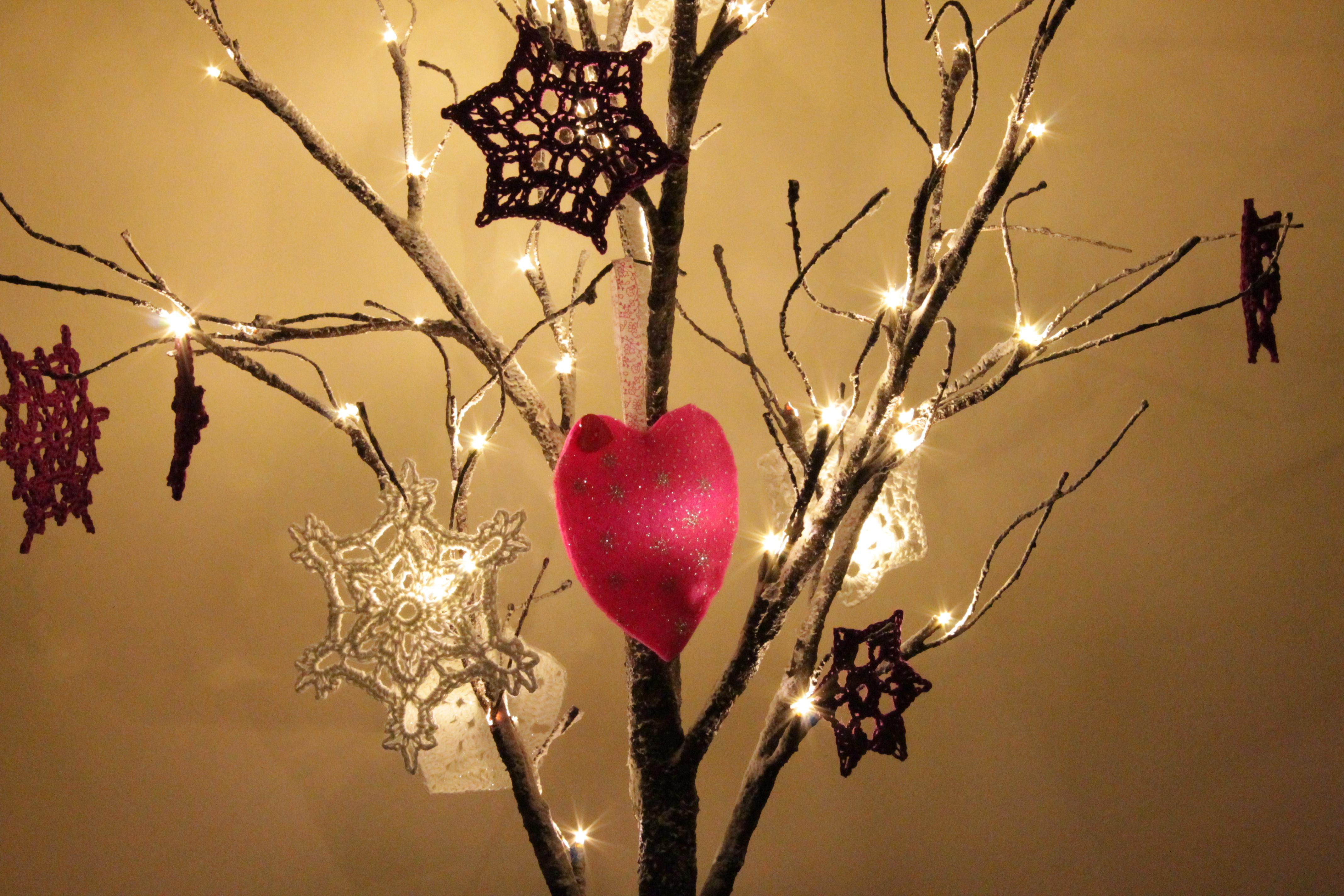 katies heart decoration