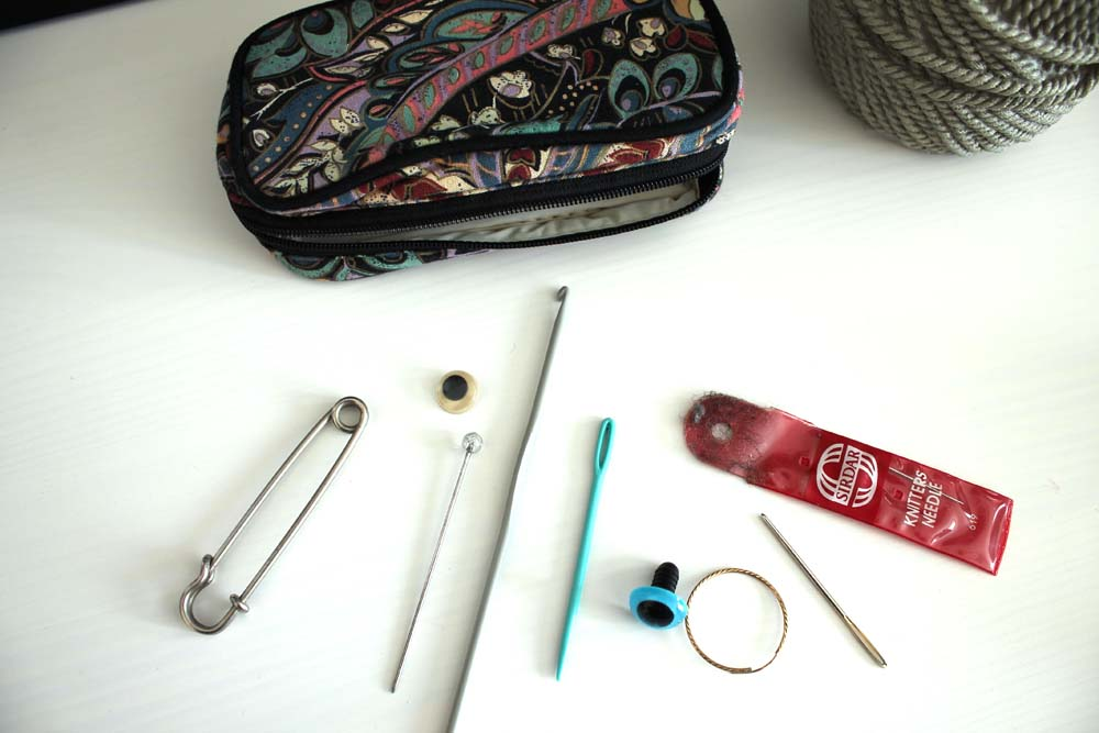 beg knitting purse