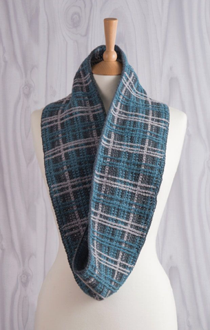 perfectly plaid crochet infinity scarf jane burns