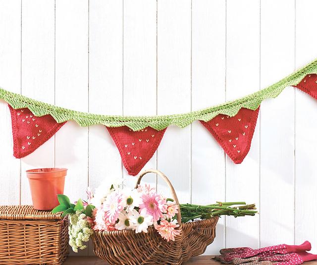 knitted strawberry bunting jane burns
